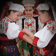 Folk dress of Kalotaszeg region - Postcard