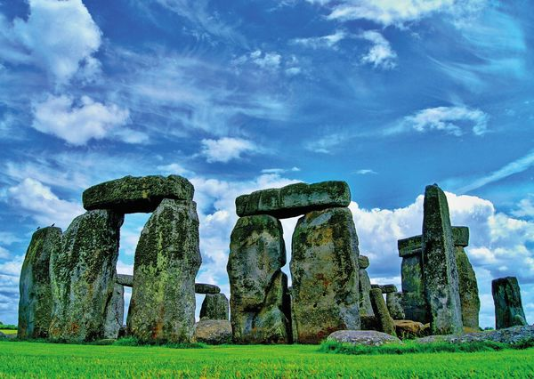 Stonehenge postcard wh102 01c
